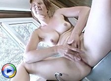 Milf was putting some clothes into the washing machine and her ass looked so sexy her sweet neighbor just took his dick out of his pants and fucked her hard