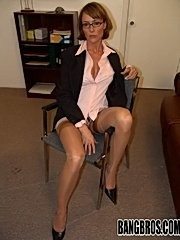 Sexy big tit milf mom in stockings