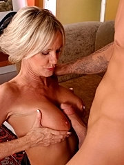 Perky bossom mom kara gets her mouth and cunt fucked