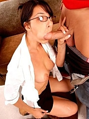 Older wife does some good sex lesson for that stud