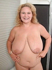 Look at my fat wifes big tits