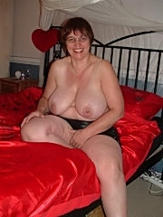 Big tits mature amateur spreading