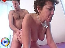 Mature action of incredible quality with a real mature hottie at her best