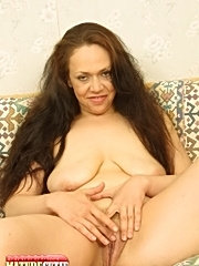 Granny curly hair big tits licked mature old pussy