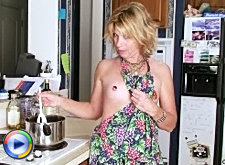 Skinny old whore gets her mature ass banged right in the kitchen