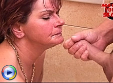 Mature housewife gets nailed in the toilet