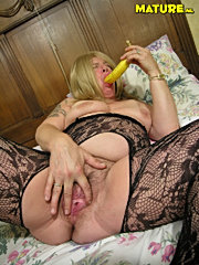 Horny old woman and tiny slut at kitchen