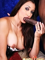 Sexy webcam brunette mom kaylynn gets her juicy milf pussy pounded by black gangster cock on cam