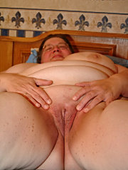 Chubby mature nympho fucking and sucking