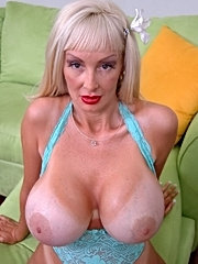 Humongeous tits milf brittany o'neil fucking a young cock that was cleaning her pool