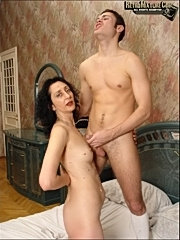 Horny noble woman fucking her male servant