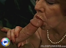 Mature redhead asslicked buttplugged and cock riding mmf 3some action