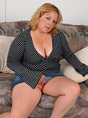 18 year old redhead brandy may dick licking and sofa sex