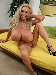 Sexy echo valley with huge tits banged