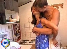 Sex starved mature cunt gets her hardcore fucking on the kitchen table