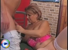 Blonde granny begging to get fucked