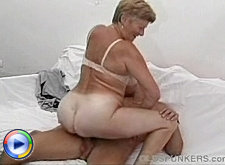 Mature lesbian lovers old housewifes lick n kiss