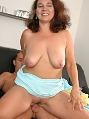 Chubby mature chick fucking and sucking cock