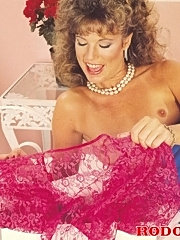 Hairy retro lady gets a cumload in her mouth and tits
