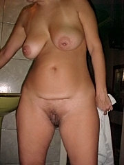 Blonde amateur leslickers licking shaved pussies