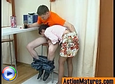 Tender kisses and cock-stiffening blowjob result in mom?s succulent pussy