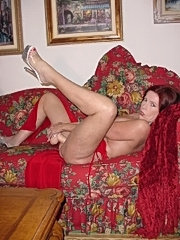 Mature mom has new anal experience