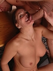 Fuck blindfold old fat with putting cum in her ass