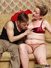 22 y.o. guy gets his cock sucked by a slutty granny and fucks her old horny cunt