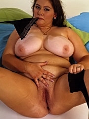 Fucking fat old mature chubby cum on her large ass