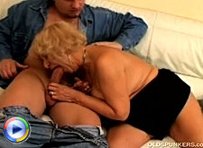 Extremely old lady is still in action and her mature her pussy being stretched to an incredible size